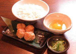 鷺沼の居酒屋「とりいちず」で〆まで美味しいこだわりの水炊きを堪能!